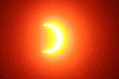 eclipse-solaire-algerie.jpg
